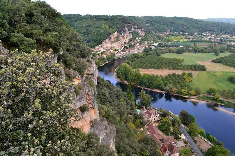 Vue aérienne de la Dordogne.